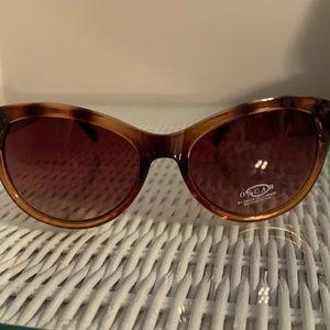 Oscar sunglasses NWT